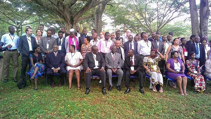 Photo de famille des participants à l'assemblée annuelle 2015 de l'ILC tenue en Ouganda